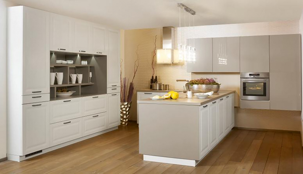 Bauformat kitchens premium quality german kitchens for Kitchen units on one wall