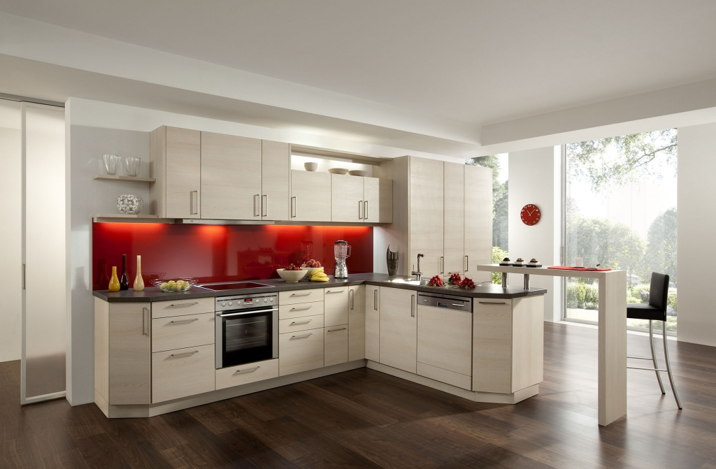 Contemporary kitchens for Coloured kitchen units uk