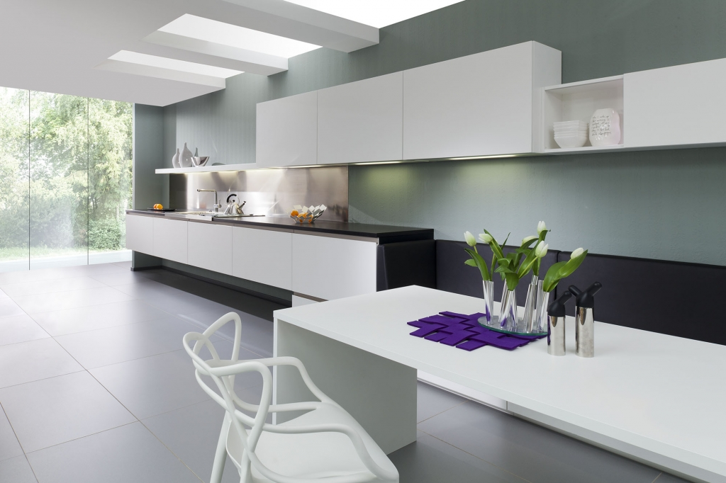 Contemporary kitchens for Kitchen units on one wall