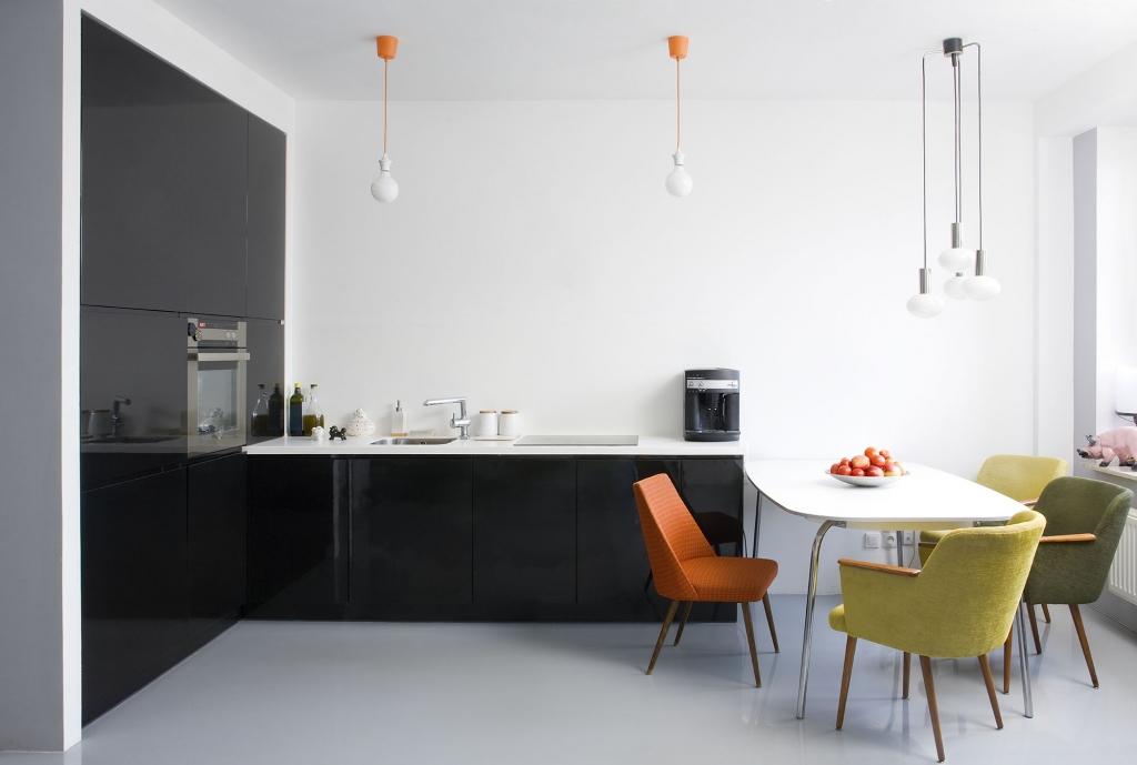 Modern dining room with kitchen · handleless kitchen design