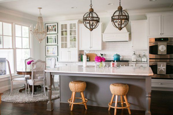 10 White Kitchen Designs That Perfectly Match Your Kitchen