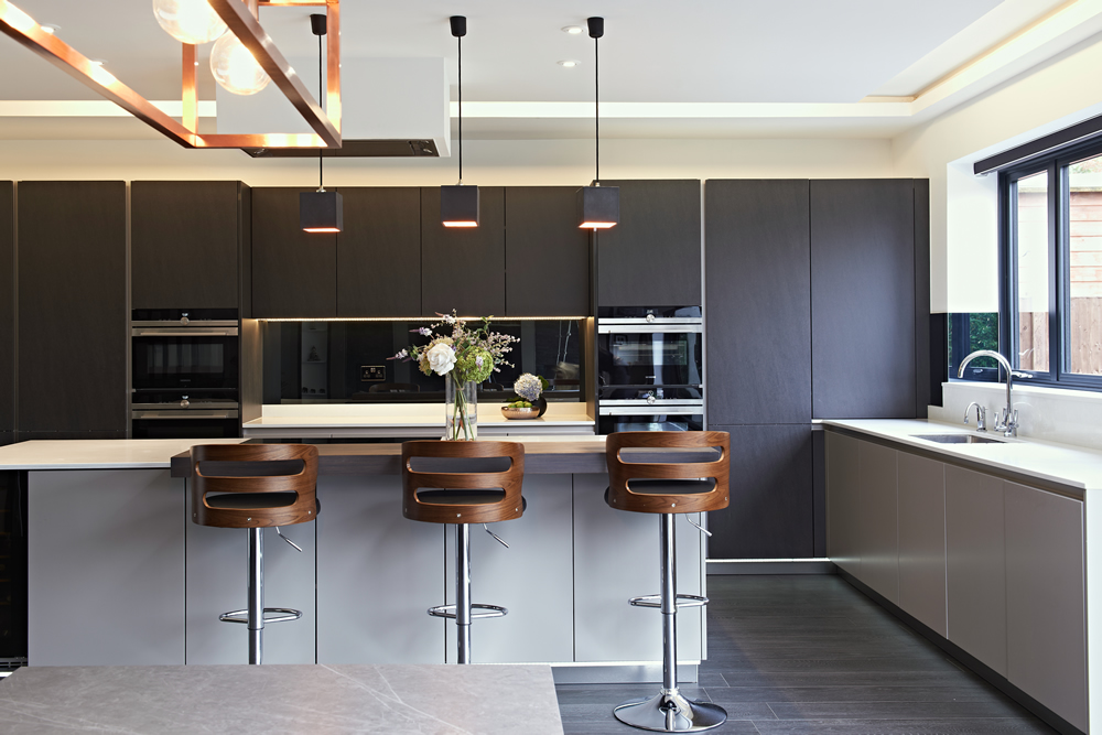 Finding the Right Kitchen Style for You: Gloss or Matt Kitchen Finish