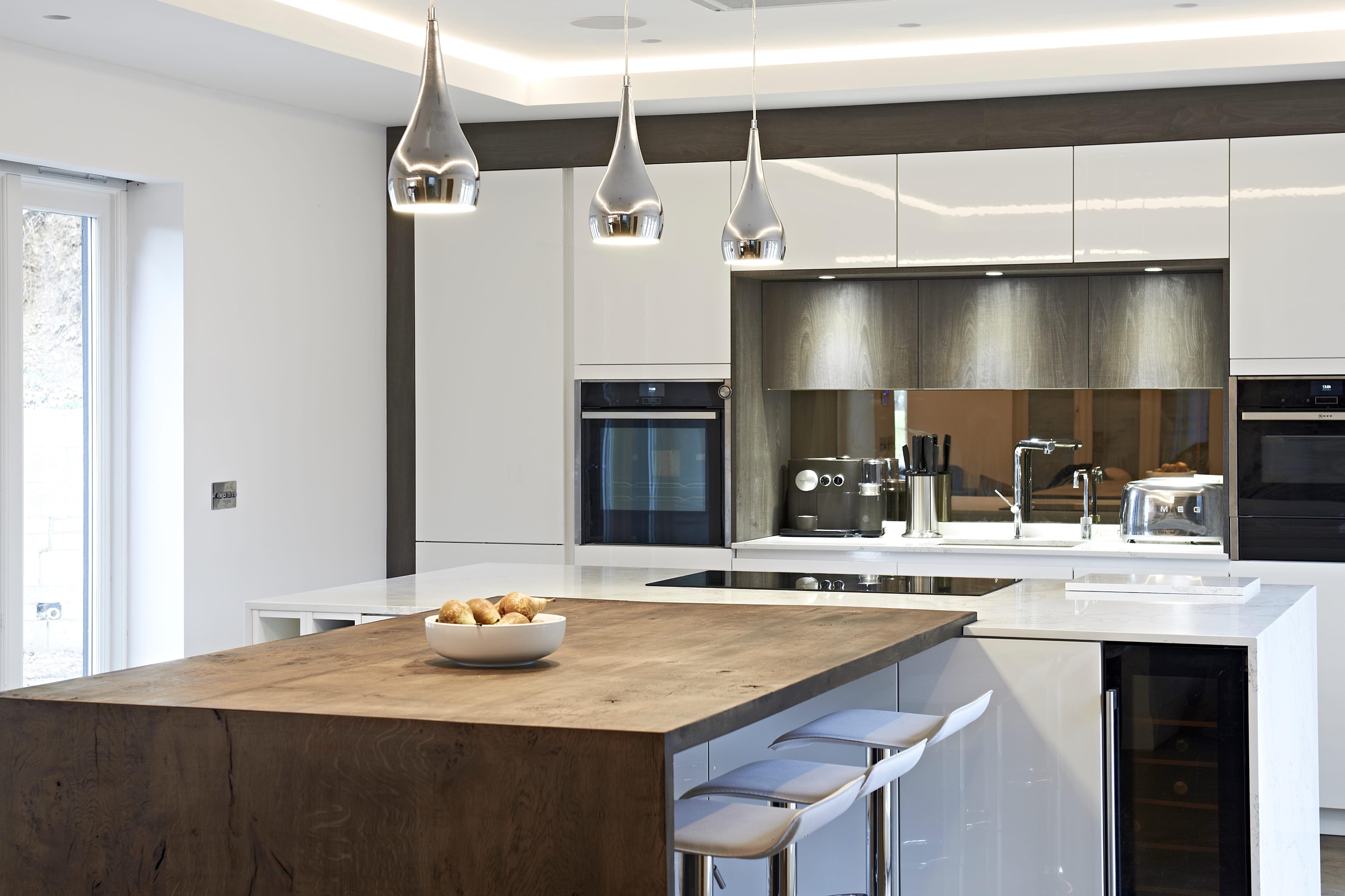 https://www.designer-kitchens.co.uk/wp-content/uploads/2019/10/Windrush-5.jpg